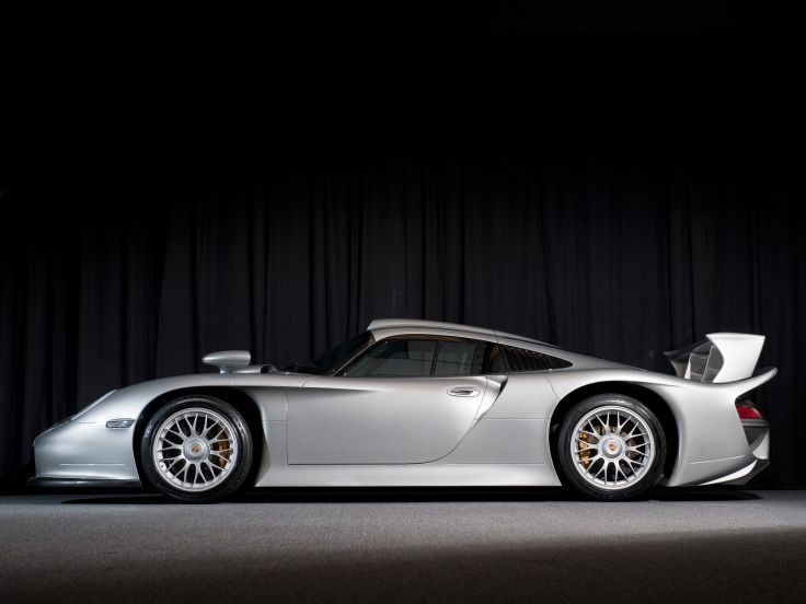 1998-Porsche-911-GT1-Strassenversion-Amelia-Island-Auction-2
